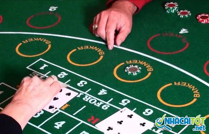 Cách chơi baccarat luôn thắng luôn phải dựa trên quy tắc của trò chơi